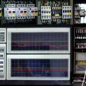 Monitoring and control system for quenching and tempering processes for machining tools (drill bits, reamers, HSS and HSSCo cutters)